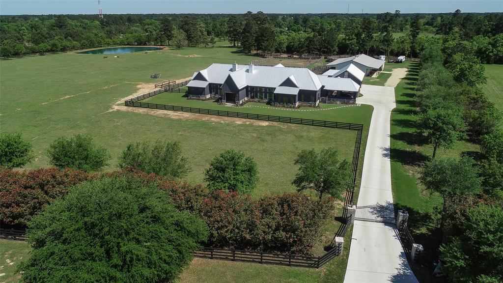 323 High Meadow Ranch Drive, Magnolia, TX 77355