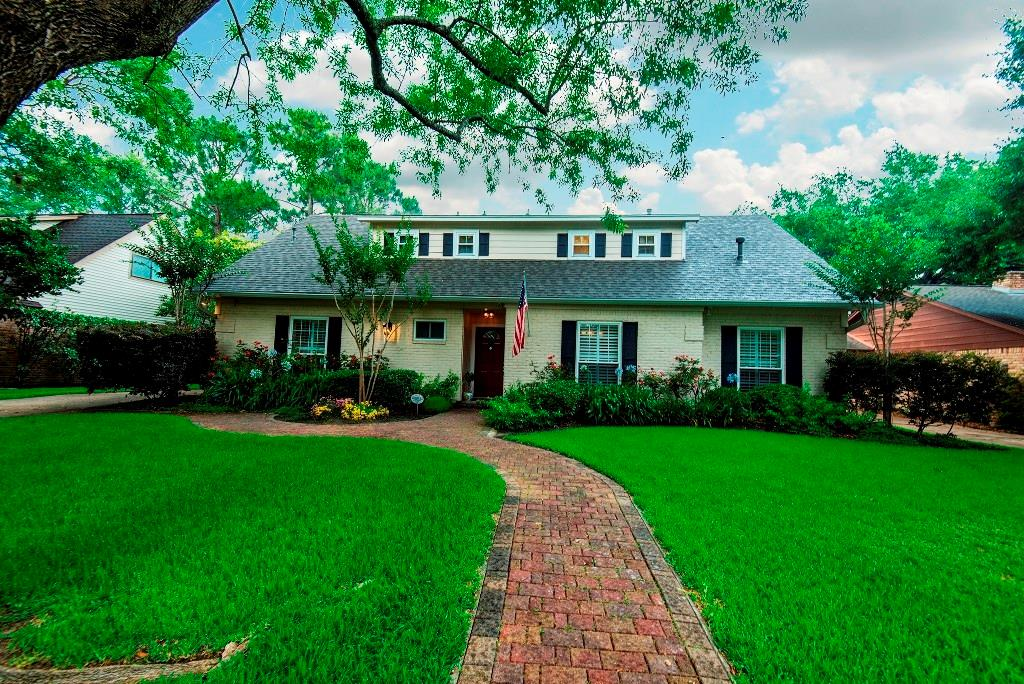 12442 Carriage Hill Drive, Houston, TX 77077