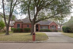 4227 Meadowchase, Houston TX 77014