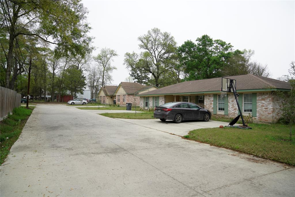 22195 E Martin Drive, Porter, TX 77365