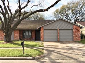 8051 Streamside, Houston TX 77088