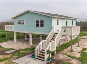 12149 Ostermeyer Road, Galveston, TX 77554