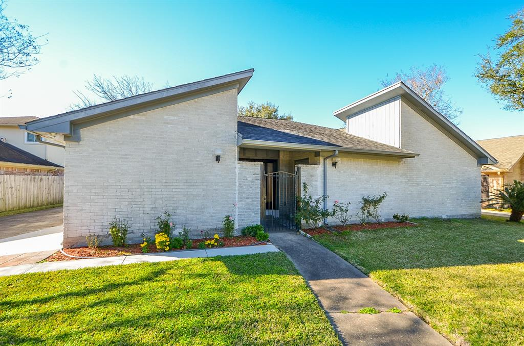 12426 Chadwell Drive, Houston, TX 77031