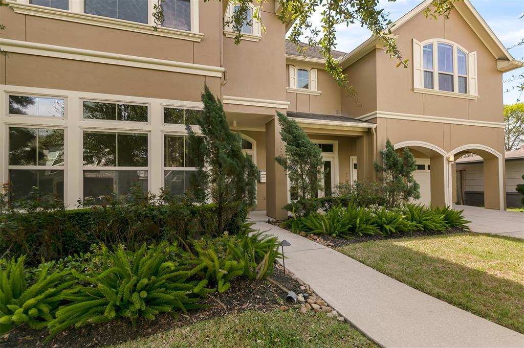 3301 Durhill Street, Houston, TX 77025