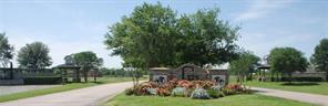 818 Redbird, Angleton, TX, 77515
