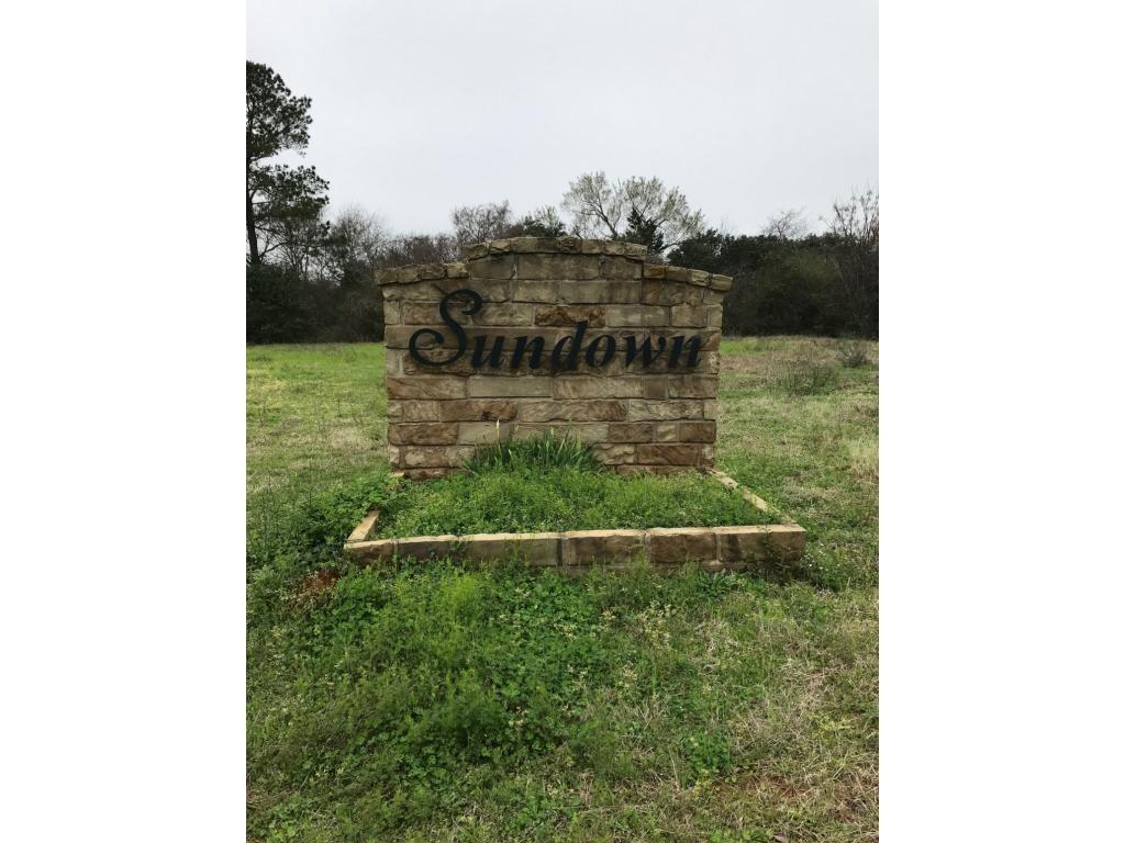 179 Sundown Drive, Nacogdoches, TX 75964