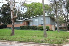 1816 Macgregor, Houston, TX, 77023