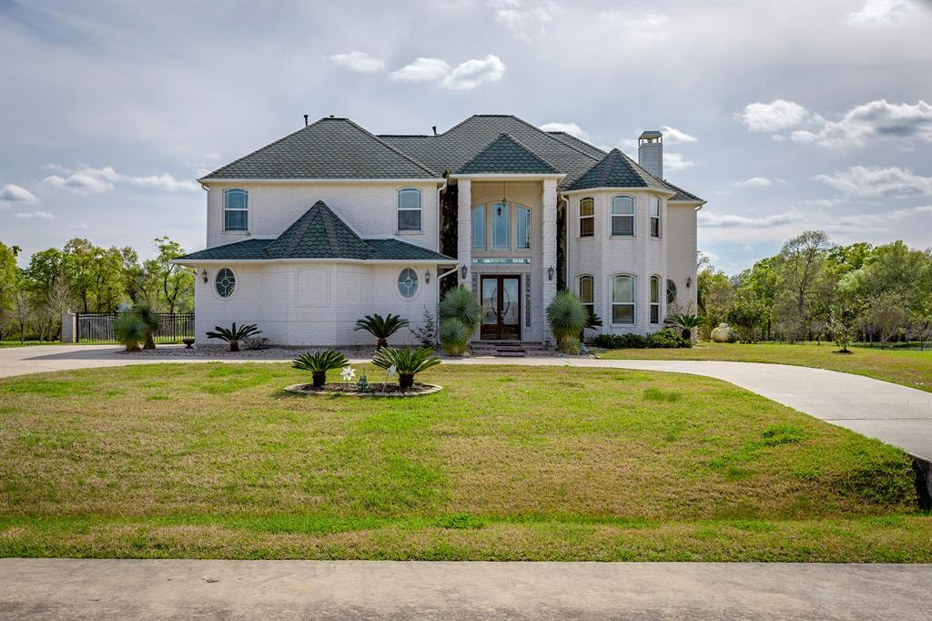 7102 S Oak Avenue, Dickinson, TX 77539