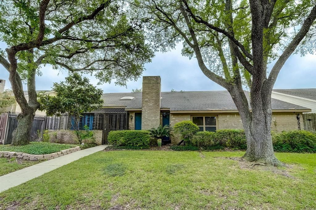 7923 Candle Lane, Houston, TX 77071
