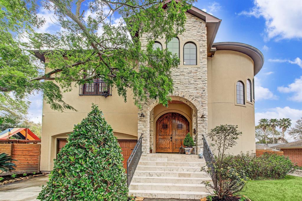5758 Braesheather Drive, Houston, TX 77096