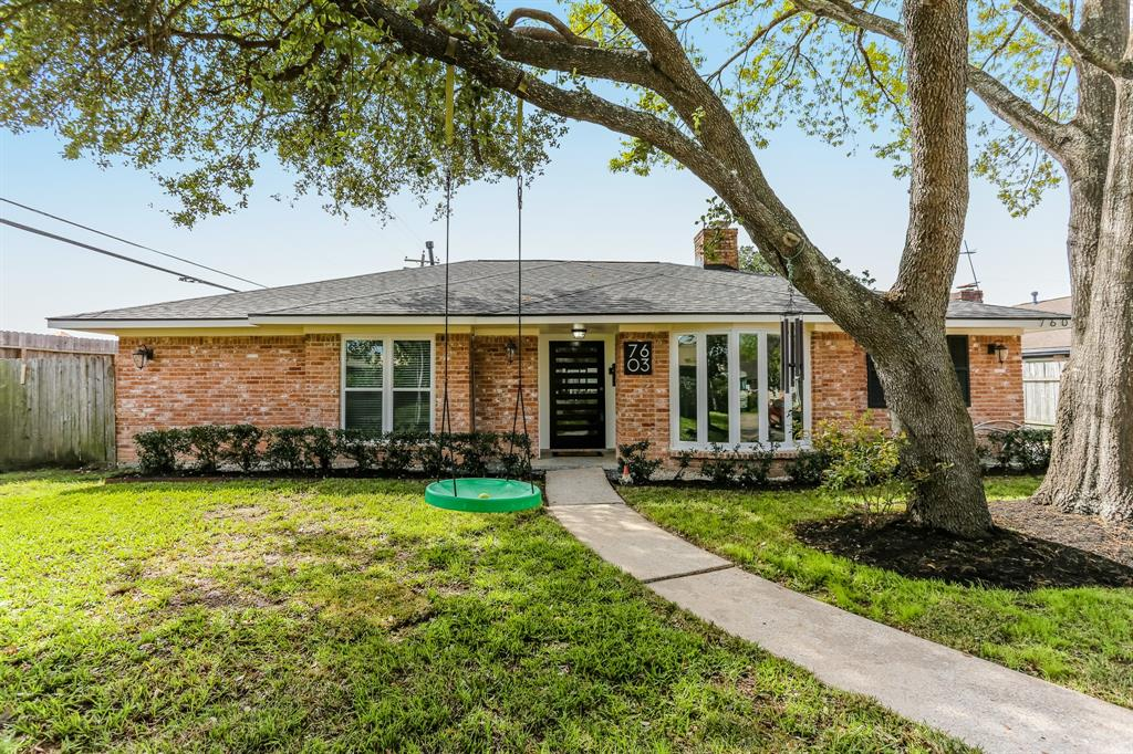 7603 Braesglen Drive, Houston, TX 77071