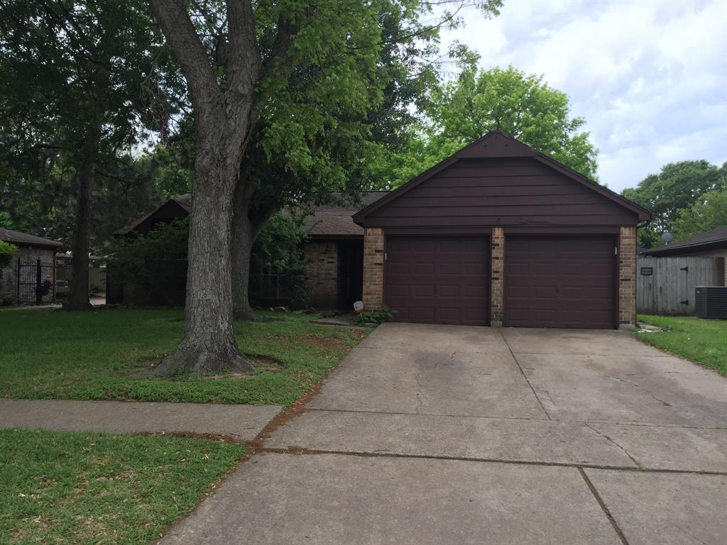 9327 Benning Drive, Houston, TX 77031