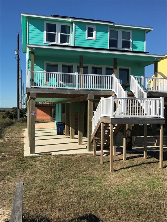 107 Mar Vista Court, Surfside Beach, TX 77541