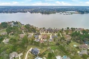 12185 Lake Vista Drive, Willis, TX 77318