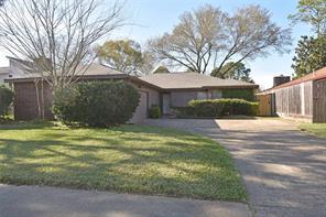 6210 Gallant Forest, Houston TX 77088