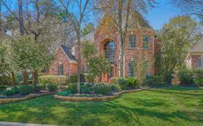 15 Graceful Elm Court, The Woodlands, TX 77381