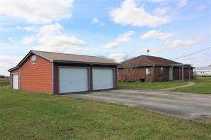 12840 County Road 67, Rosharon, TX 77583