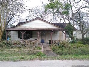438 e florida street, brazoria, TX 77422