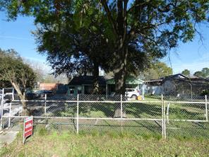 2056 johanna drive, houston, TX 77055