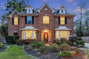 7 Filigree Pines Place, The Woodlands, TX 77382