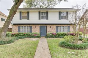 5027 Oak Shadows, Houston TX 77091