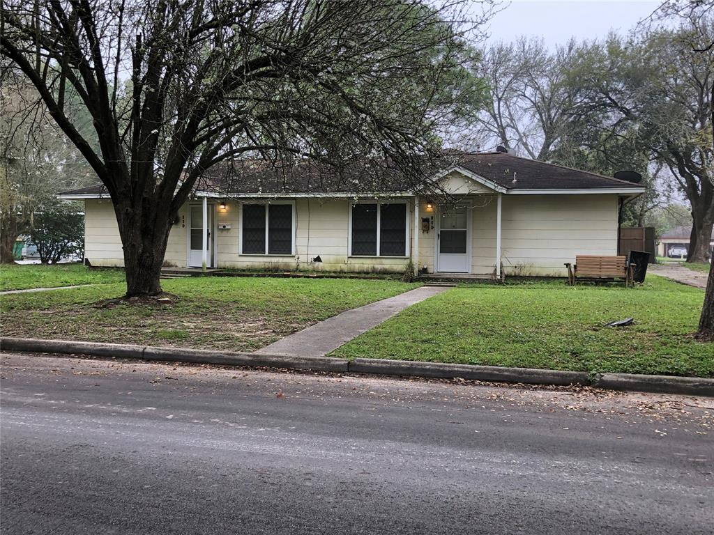 109 Forrest Street, Baytown, TX 77520