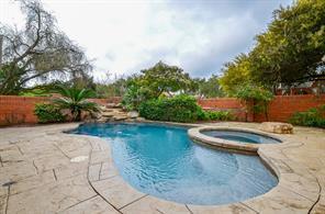 10 Turtle Creek Manor, Sugar Land, TX 77479