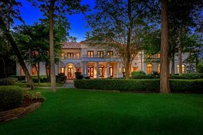 39 Grand Regency, The Woodlands, TX, 77382