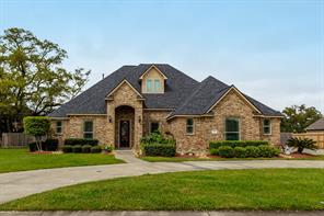 1001 Enchanted Oaks, Angleton TX 77515