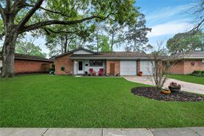5021 De Lange Lane, Houston, TX 77092