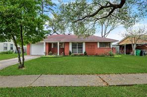 4102 Marlborough, Houston TX 77092