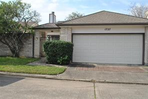 1727 Linfield, Houston TX 77058