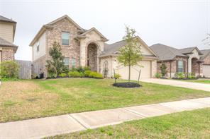 513 Forest Village Circle, La Marque, TX 77568