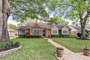 2606 Bandelier, Houston TX 77080