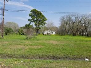 2425 Velasco, Angleton TX 77515