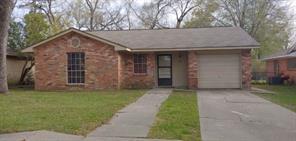 216 Crest Hill Drive, Conroe, TX 77301