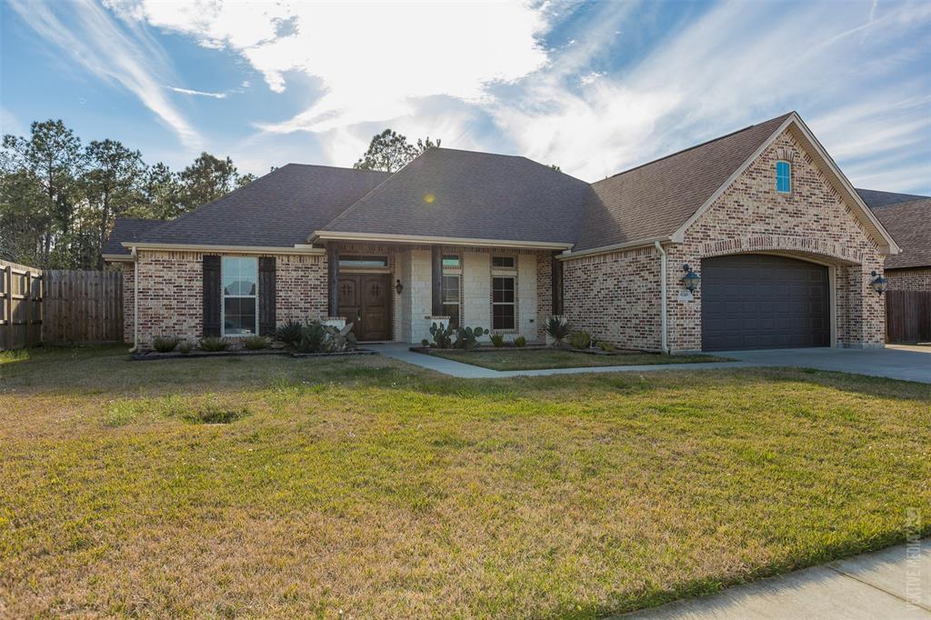 6745 Woodridge Drive, Lumberton, TX 77657