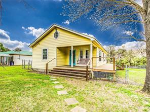 216 Shelter Cove, Livingston TX 77351