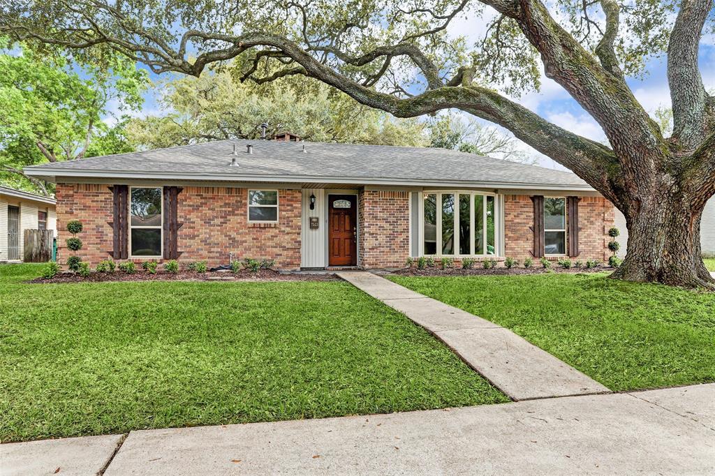 7523 Croton Road, Houston, TX 77036