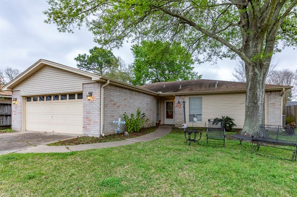 8504 Shady Cove Lane, Port Arthur, TX 77642