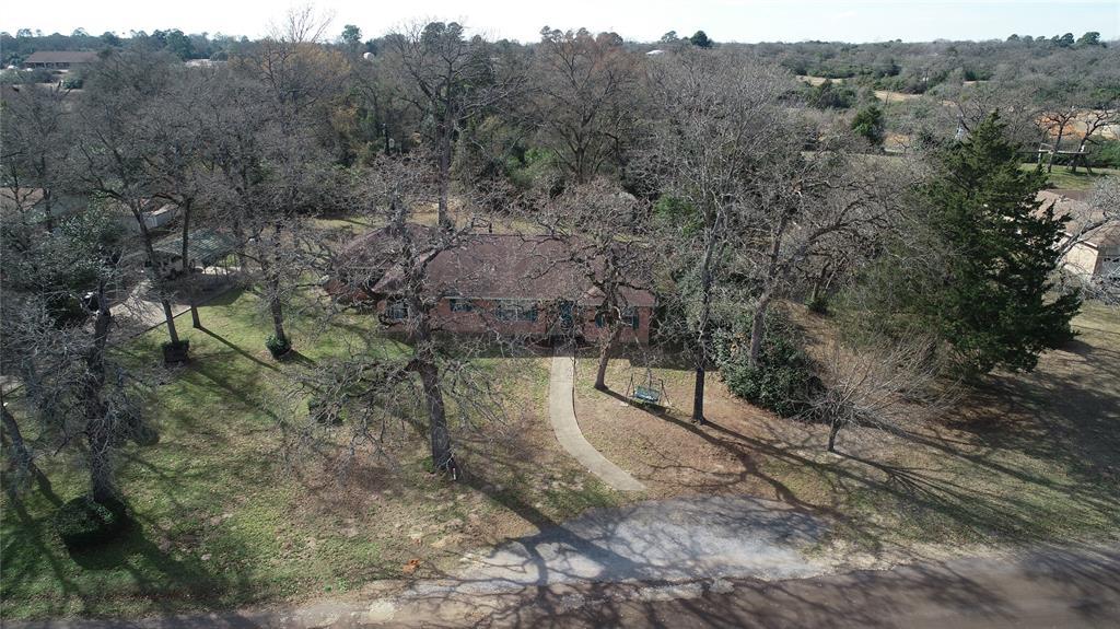 15 Lake Front Drive, Hilltop Lakes, TX 77871