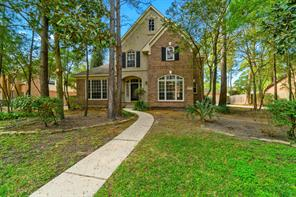 27 S Floral Leaf Circle S, The Woodlands, TX 77381