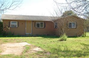 504 w kennedy street, sabinal, TX 78881