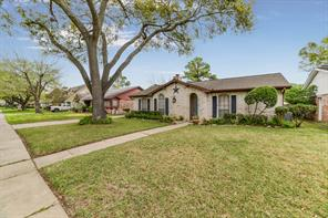 12110 Meadowdale, Meadows Place TX 77477