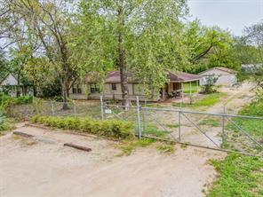 2222 pech road, houston, TX 77055