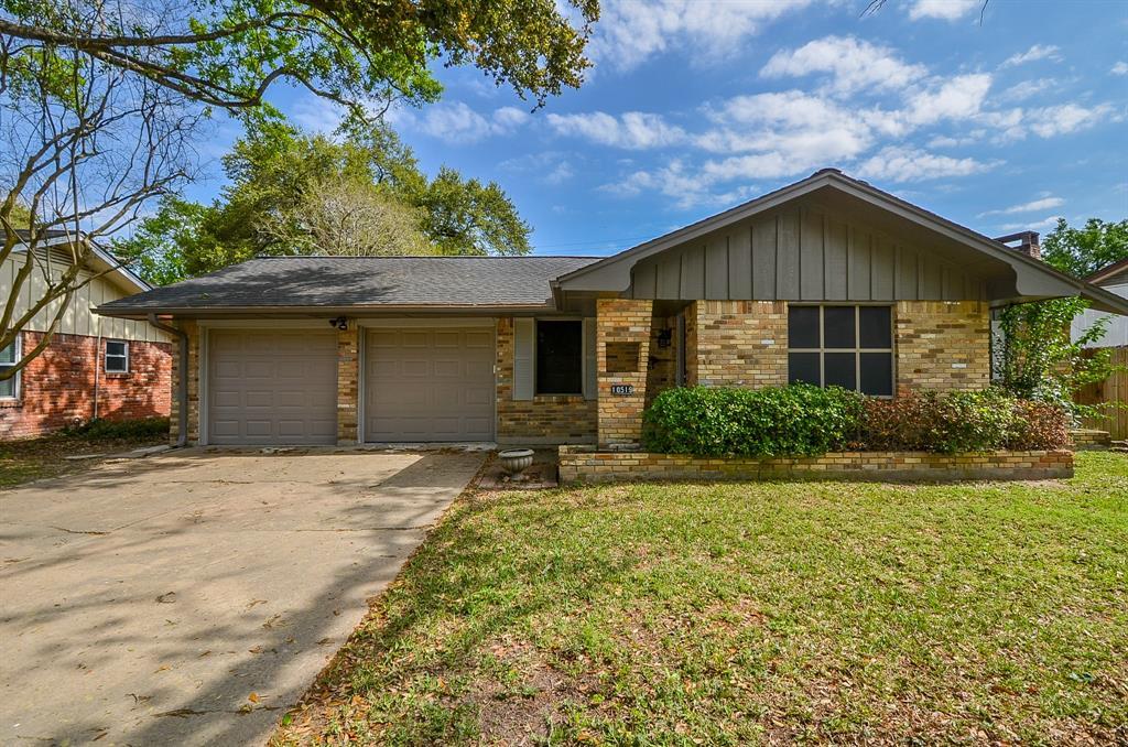 10519 Brinwood Drive, Houston, TX 77043