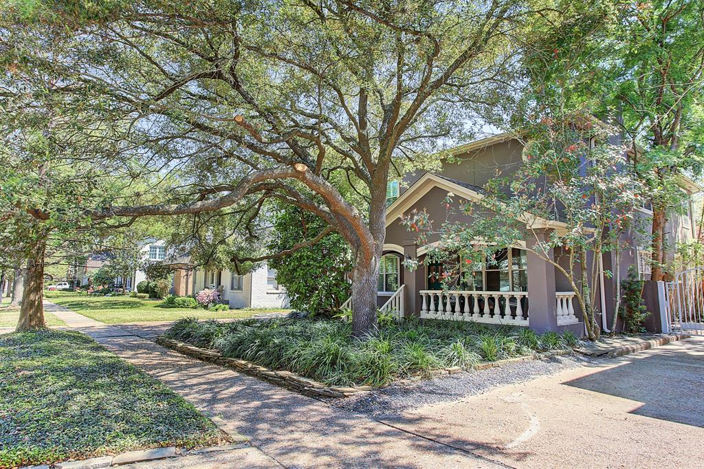3031 Rice Boulevard, West University Place, TX 77005