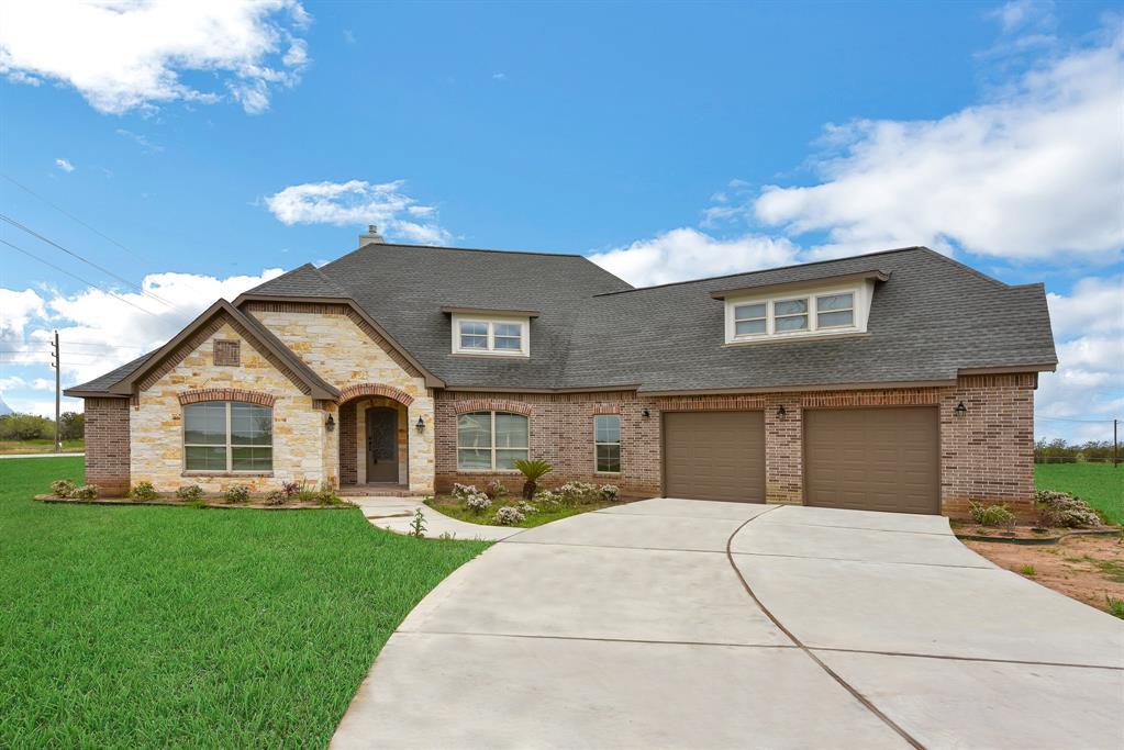 9066 Dixie Ln Corner, Needville, TX 77461