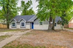 9818 cantertrot drive, humble, TX 77338