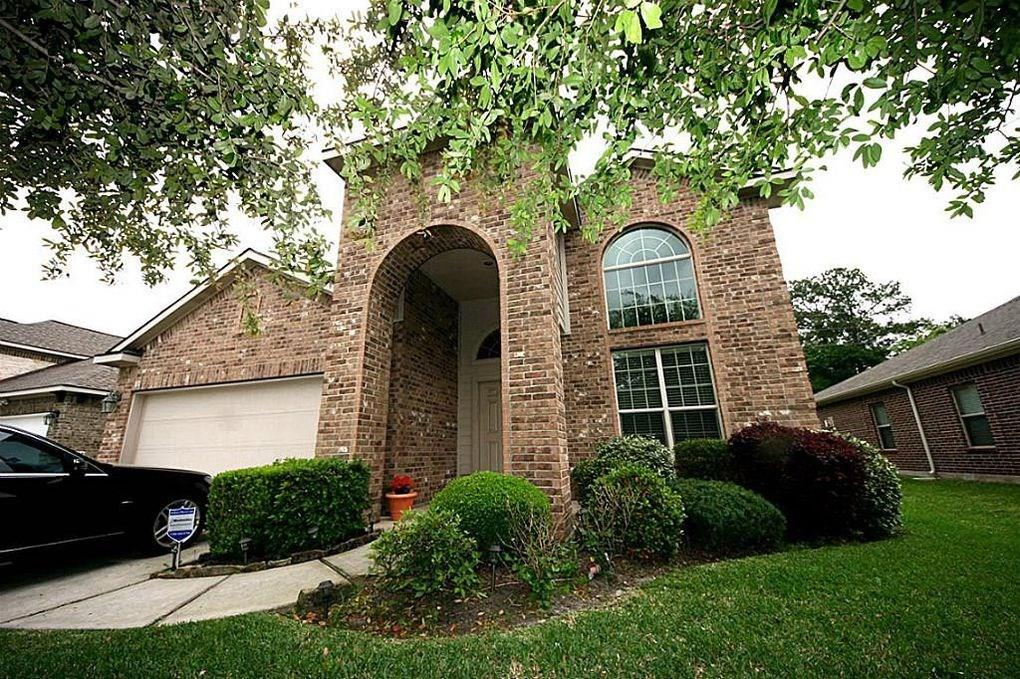 Beautiful home in the Klein ISD ready for move in. Rec room can be used as a 5th bedroom. Equipped with GE appliances: dishwasher, oven, microwave, refrigerator. Washer & dryer included. Covered back patio, sprinkler system, roomy fenced-in backyard. No Section 8, no criminal record, must pass background & credit check, no smokers. Monthly income 3x monthly rent. No pets except small dogs under 50 pounds on a case by case basis. Call for appointment.
